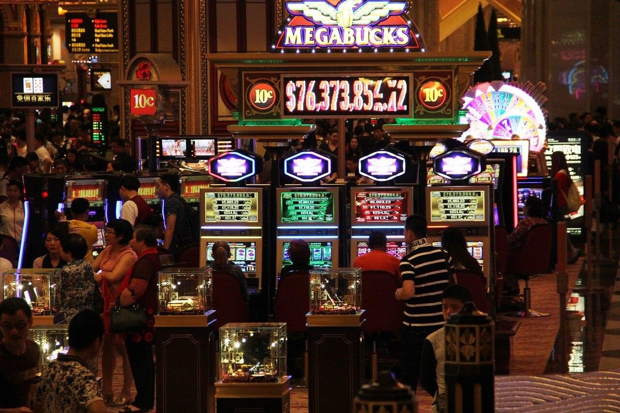 Megabucks slot machine payout turtle lake casino concerts