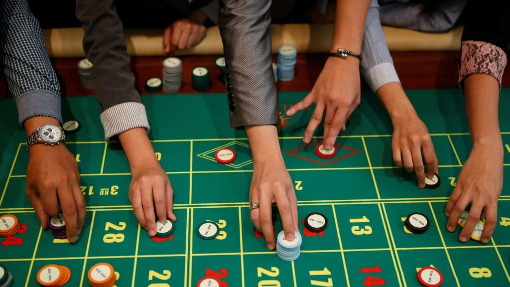 Roulette Outside Bet Strategy
